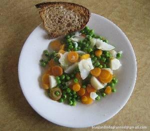 Jardinière de printemps : pois, navet botte, carotte botte.